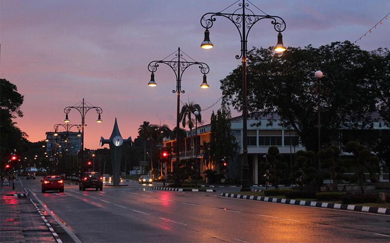 Brunei amb motxilla
