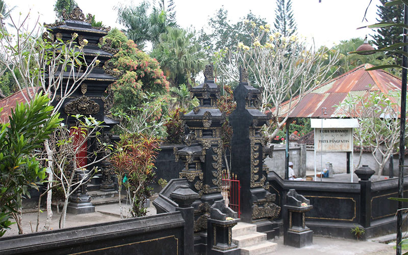 indonesia lombok temples