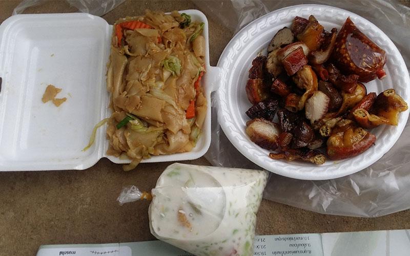 menjar al carrer a Laos