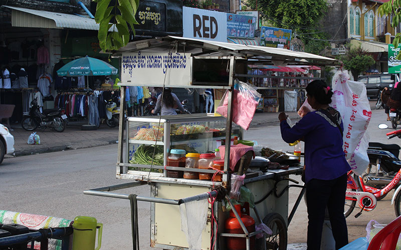 menjar al carrer a Cambodja