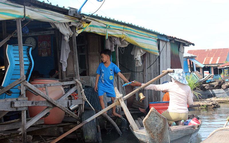 botiga flotant cambodja