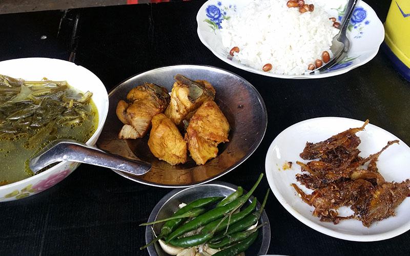 menjar a Myanmar